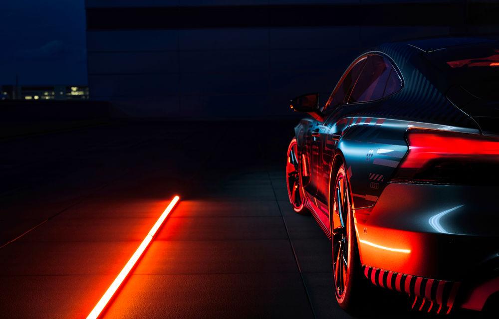 Audi publică teasere cu versiunea de serie a lui e-tron GT: sportiva electrică va avea autonomie de 400 de kilometri - Poza 41