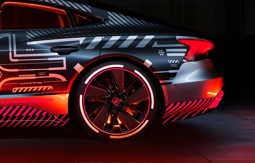 Audi publică teasere cu versiunea de serie a lui e-tron GT: sportiva electrică va avea autonomie de 400 de kilometri - Poza 35