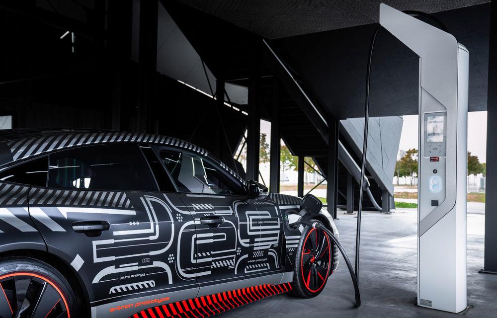 Audi publică teasere cu versiunea de serie a lui e-tron GT: sportiva electrică va avea autonomie de 400 de kilometri - Poza 67