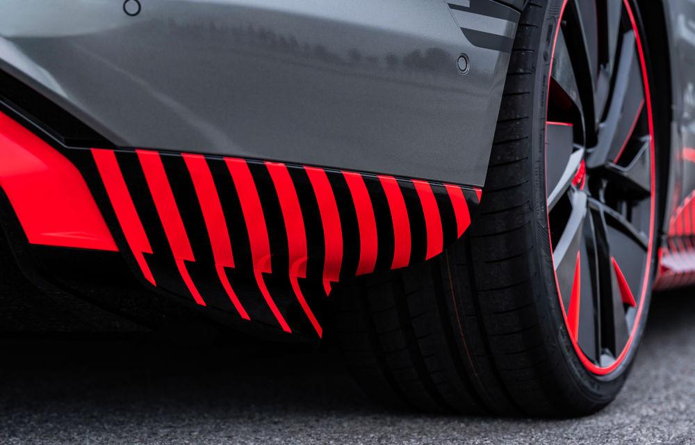 Audi publică teasere cu versiunea de serie a lui e-tron GT: sportiva electrică va avea autonomie de 400 de kilometri - Poza 49