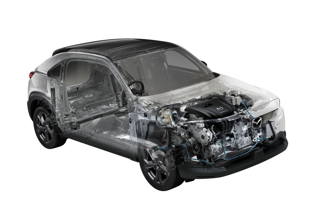 Noutăți pentru Mazda MX-30: versiune cu motor pe benzină pentru piața din Japonia și, din 2022, variantă electrică cu range extender - Poza 15