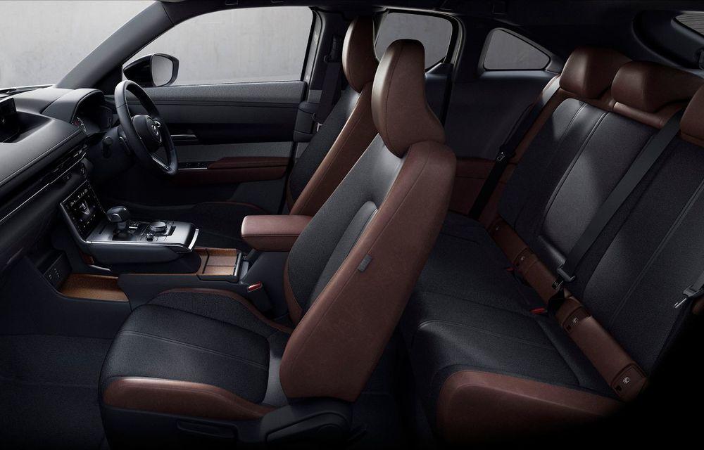 Noutăți pentru Mazda MX-30: versiune cu motor pe benzină pentru piața din Japonia și, din 2022, variantă electrică cu range extender - Poza 10