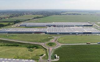Audi a montat un parc solar pe acoperișurile uzinei din Ungaria: energia generată este suficientă pentru consumul a 5.000 de locuințe