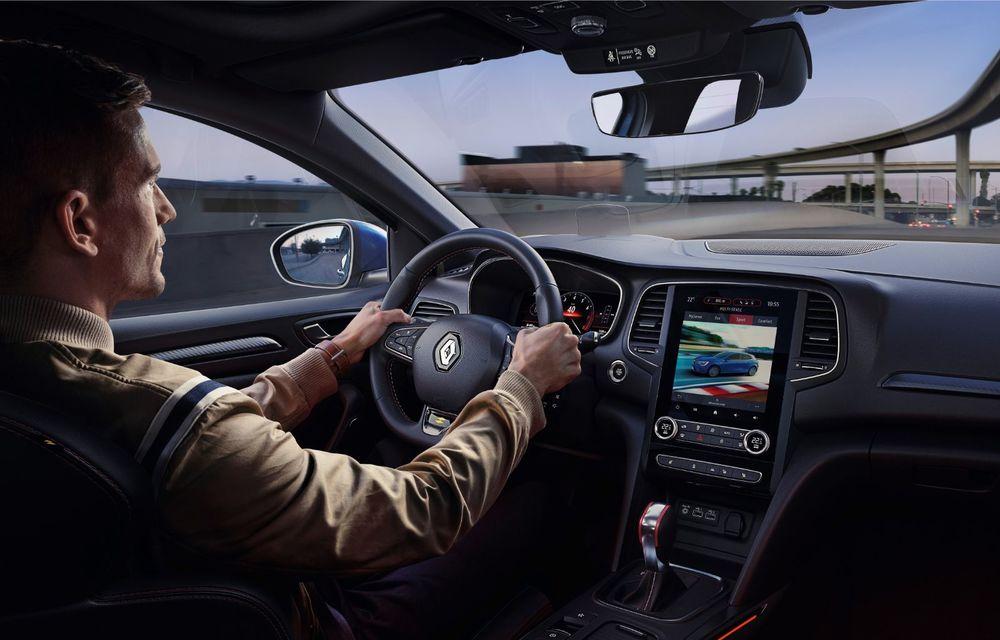 Prețuri Renault Megane facelift în România: modelul de clasă compactă pornește de la 16.300 de euro - Poza 10