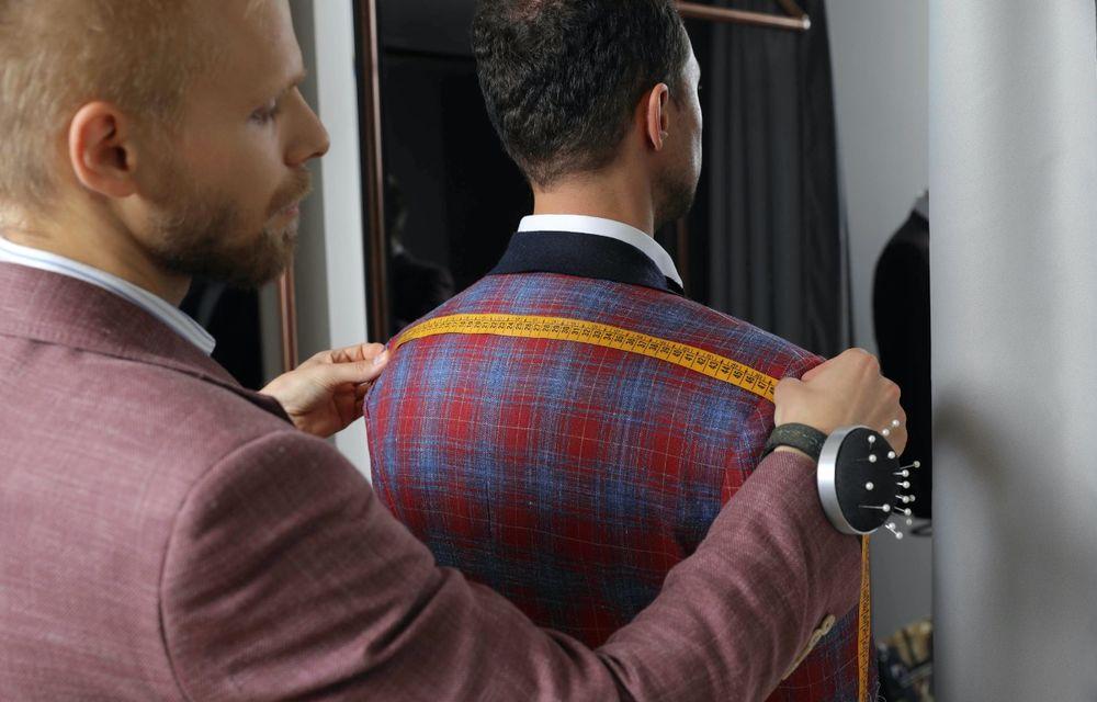 Romanian Roads Luxury Edition: SARTO bespoke ne promite o experiență vestimentară elegantă și personalizată - Poza 1
