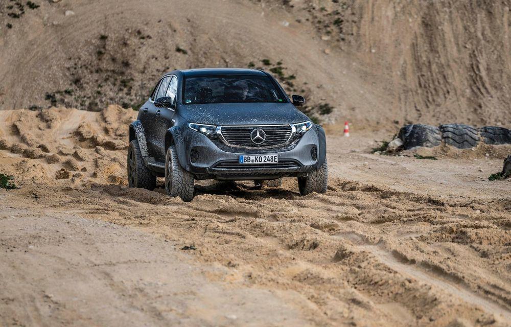 Mercedes-Benz prezintă proiectul EQC 4x4²: SUV-ul electric a fost transformat într-un vehicul de off-road - Poza 19