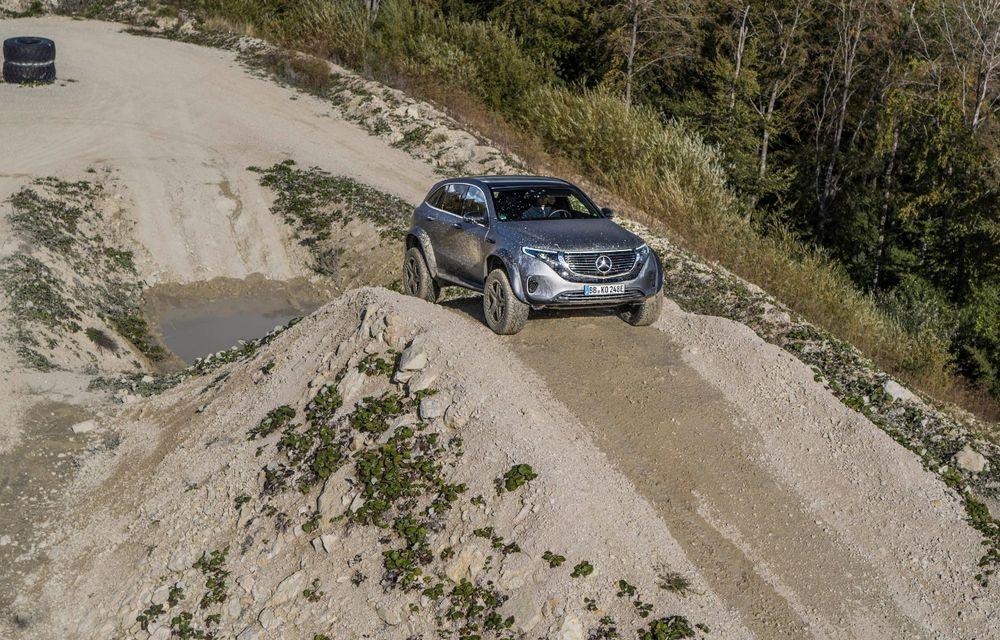 Mercedes-Benz prezintă proiectul EQC 4x4²: SUV-ul electric a fost transformat într-un vehicul de off-road - Poza 14