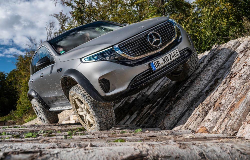 Mercedes-Benz prezintă proiectul EQC 4x4²: SUV-ul electric a fost transformat într-un vehicul de off-road - Poza 10