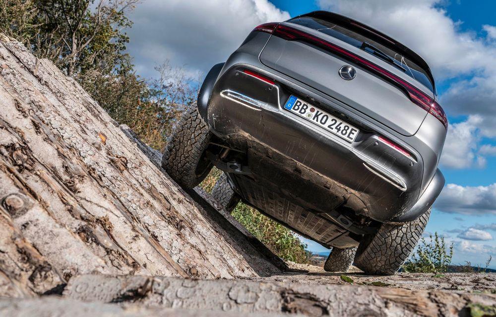 Mercedes-Benz prezintă proiectul EQC 4x4²: SUV-ul electric a fost transformat într-un vehicul de off-road - Poza 11