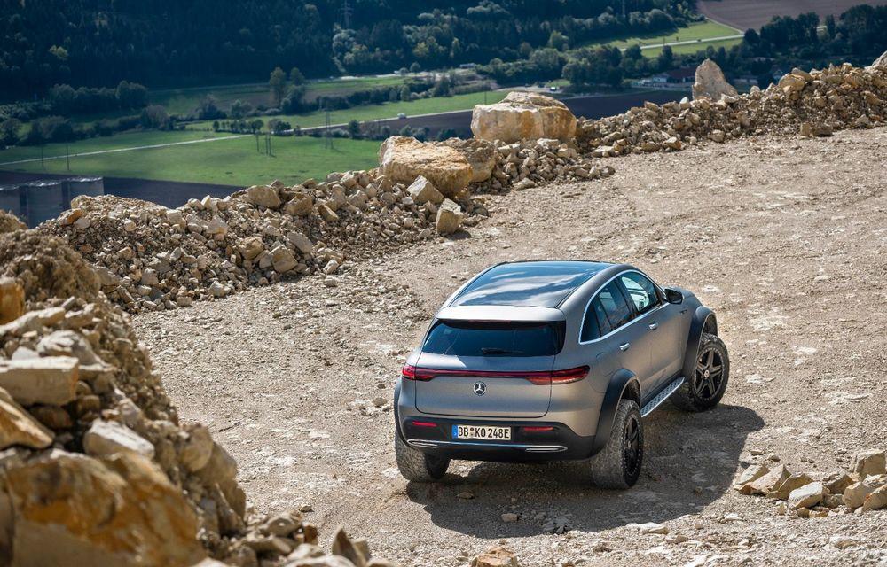 Mercedes-Benz prezintă proiectul EQC 4x4²: SUV-ul electric a fost transformat într-un vehicul de off-road - Poza 8