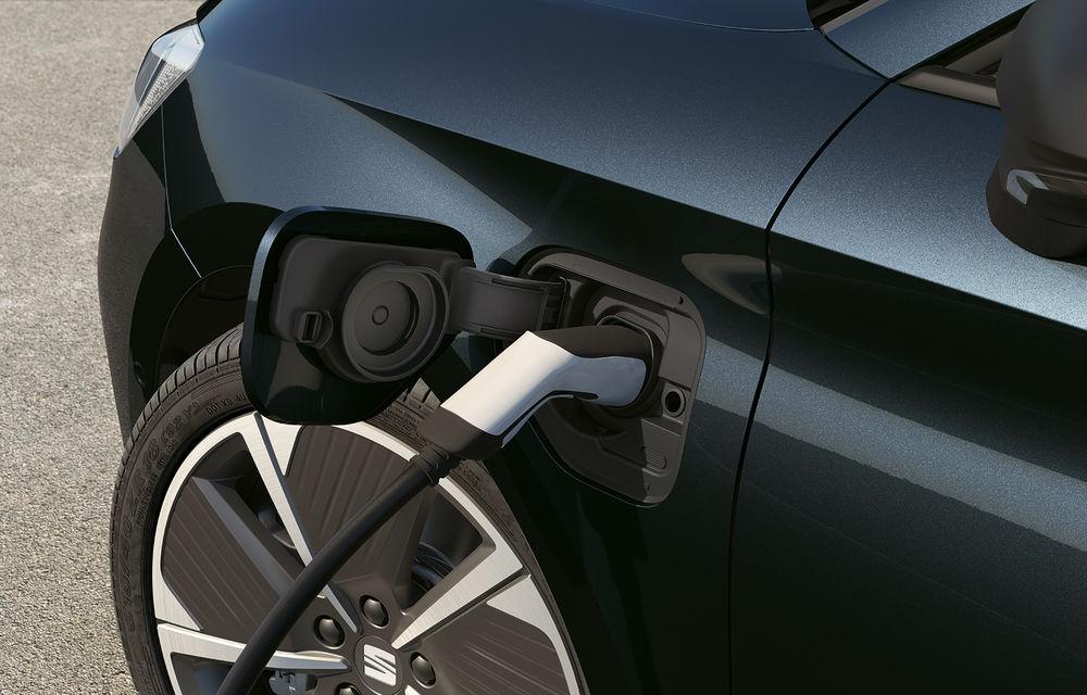 Prețuri pentru Seat Leon plug-in hybrid: hatchback-ul cu 204 CP pleacă de la 29.600 de euro - Poza 2