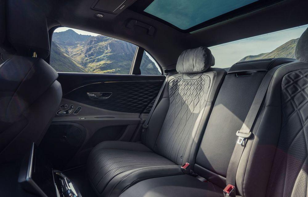 Motorizare nouă pentru Bentley Flying Spur: V8 de 4.0 litri cu 550 de cai putere și 770 Nm - Poza 16