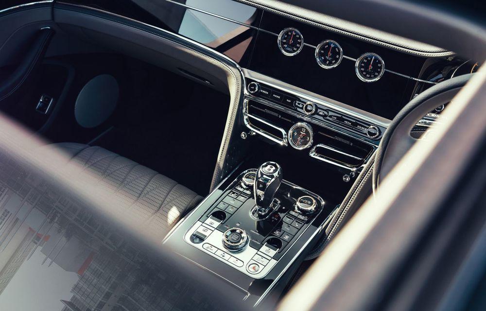 Motorizare nouă pentru Bentley Flying Spur: V8 de 4.0 litri cu 550 de cai putere și 770 Nm - Poza 18
