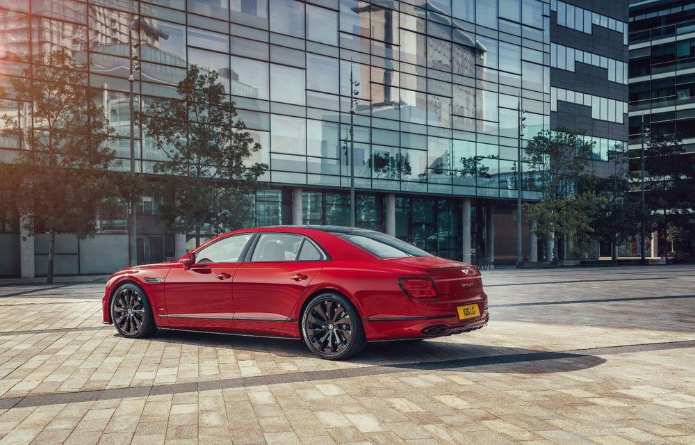 Motorizare nouă pentru Bentley Flying Spur: V8 de 4.0 litri cu 550 de cai putere și 770 Nm - Poza 8