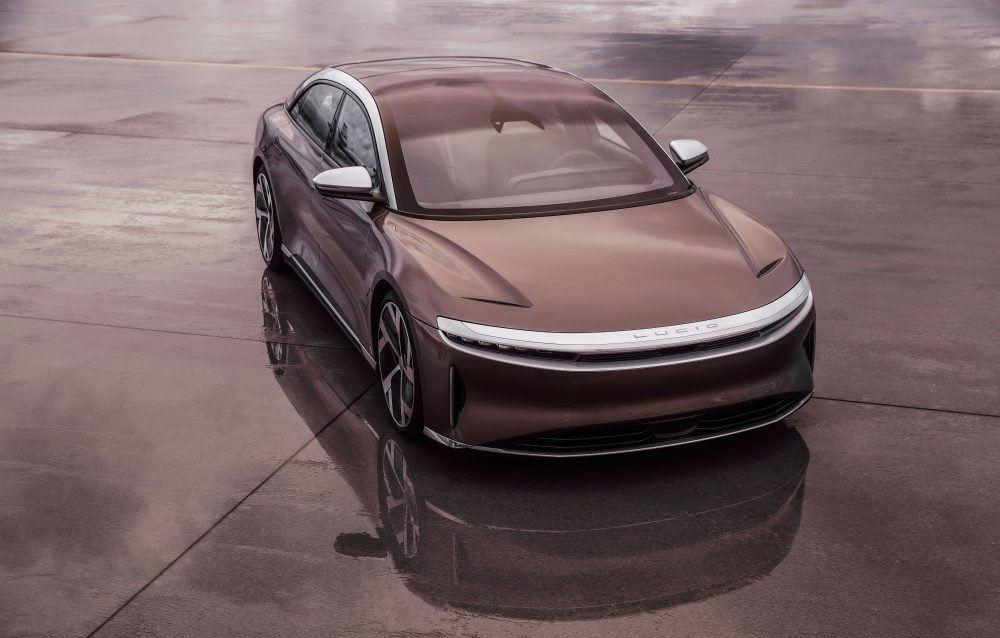 Sedanul electric Lucid Air, disponibil într-o versiune mai accesibilă cu autonomie de 650 de kilometri: Tesla reacționează și reduce prețul lui Model S - Poza 1