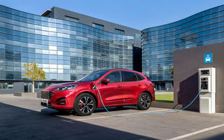 Ford anunță că nu poate respecta normele de emisii pentru 2021 după oprirea vânzărilor pentru Kuga PHEV: americanii vor cumpăra