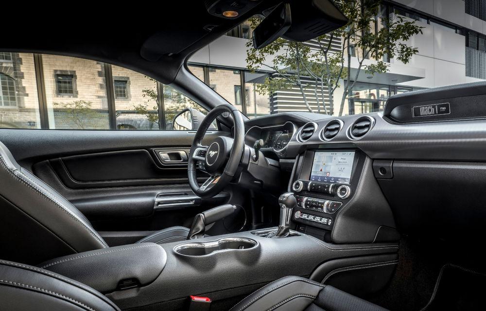 Ford Mustang Mach 1 va fi disponibil și în Europa: versiunea limitată are motor V8 de 5.0 litri și 460 de cai putere - Poza 26