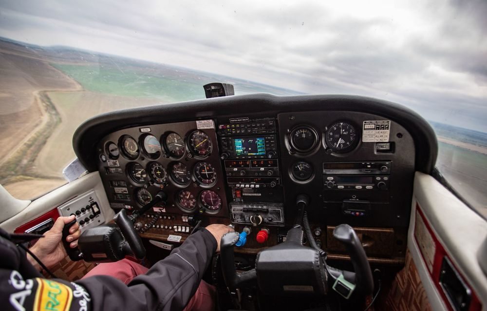 În tandem pe circuit: prim contact cu BMW Seria 4 și zbor cu Cessna 172RG Cutlass RG - Poza 79