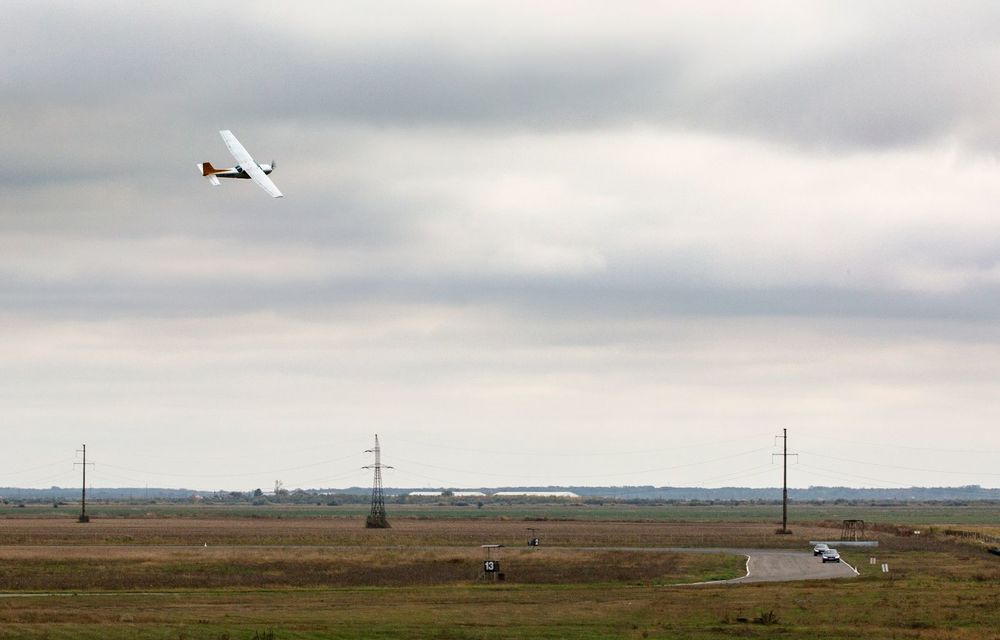 În tandem pe circuit: prim contact cu BMW Seria 4 și zbor cu Cessna 172RG Cutlass RG - Poza 77