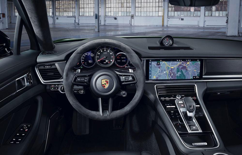 Porsche Panamera facelift primește o nouă versiune de top: Turbo S E-Hybrid are sistem plug-in hybrid de 700 de cai putere - Poza 10