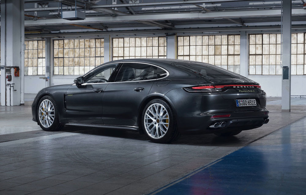 Porsche Panamera facelift primește o nouă versiune de top: Turbo S E-Hybrid are sistem plug-in hybrid de 700 de cai putere - Poza 2