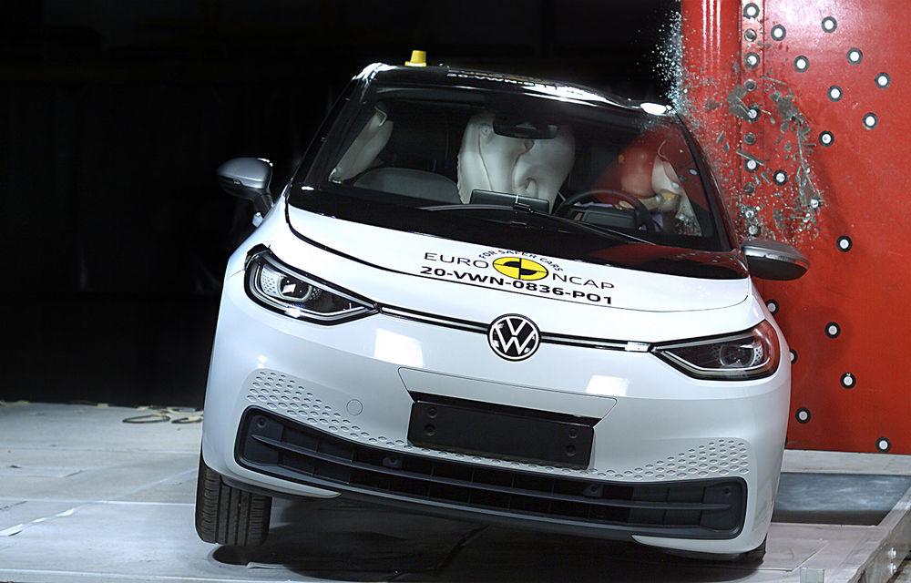 """Volkswagen ID.3 a obținut 5 stele la testele Euro NCAP: """"Hatchback-ul electric nu face compromisuri la siguranță"""" - Poza 3"""