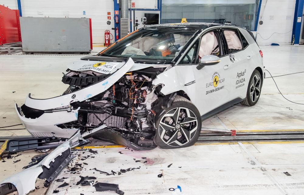 """Volkswagen ID.3 a obținut 5 stele la testele Euro NCAP: """"Hatchback-ul electric nu face compromisuri la siguranță"""" - Poza 1"""