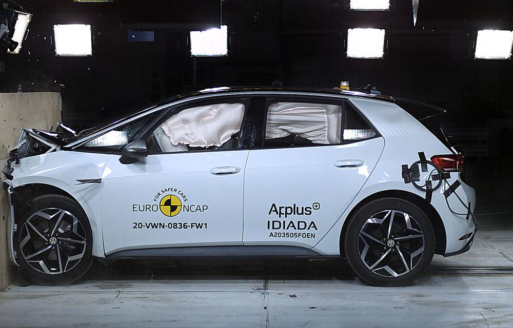 """Volkswagen ID.3 a obținut 5 stele la testele Euro NCAP: """"Hatchback-ul electric nu face compromisuri la siguranță"""" - Poza 7"""