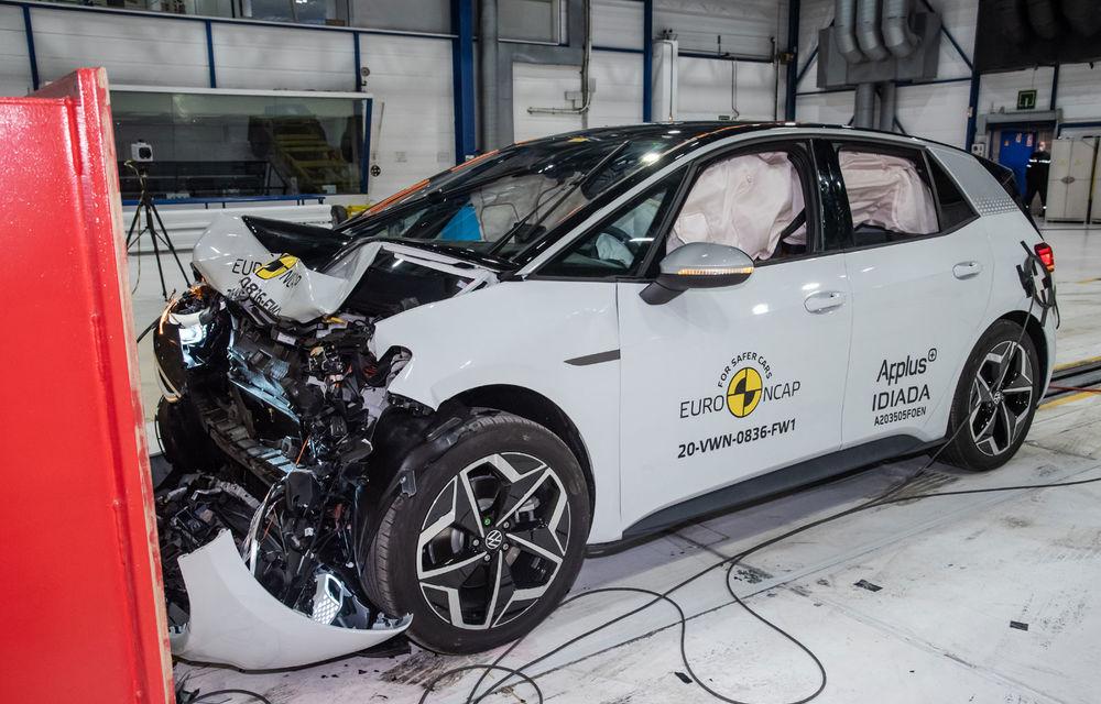 """Volkswagen ID.3 a obținut 5 stele la testele Euro NCAP: """"Hatchback-ul electric nu face compromisuri la siguranță"""" - Poza 6"""