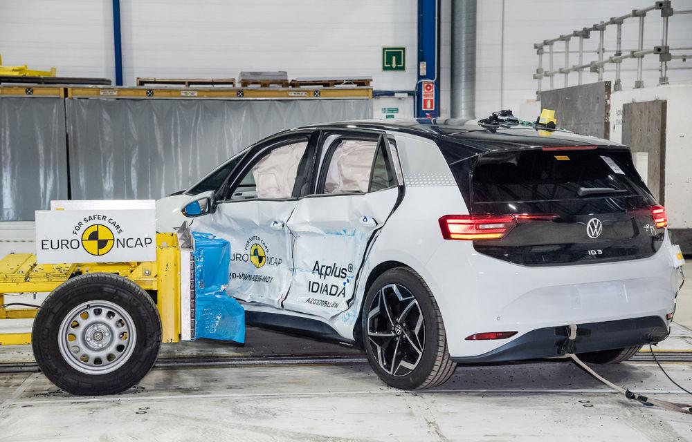"""Volkswagen ID.3 a obținut 5 stele la testele Euro NCAP: """"Hatchback-ul electric nu face compromisuri la siguranță"""" - Poza 4"""
