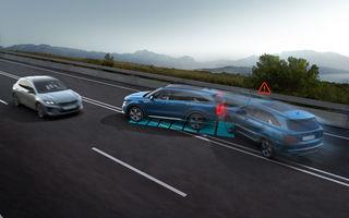 Actuala generație Kia Sorento va fi echipată standard cu noul sistem Multi-Collision Braking: tehnologia ajută la prevenirea coliziunilor secundare