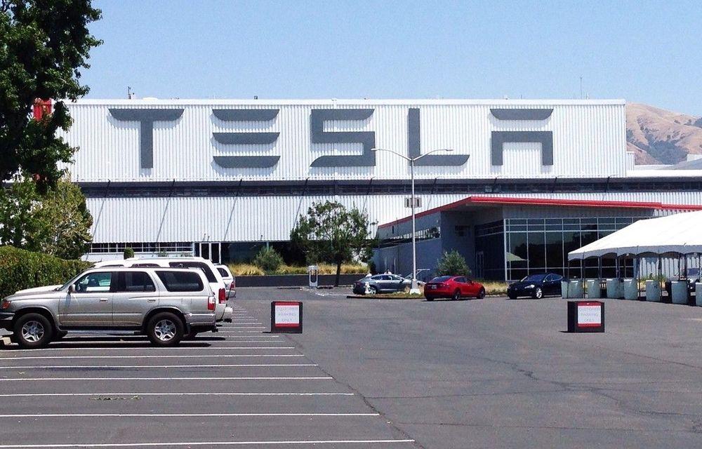 Tesla cheamă în service aproape 50.000 de unități Model S şi Model X din China: posibile defecțiuni la suspensii - Poza 1