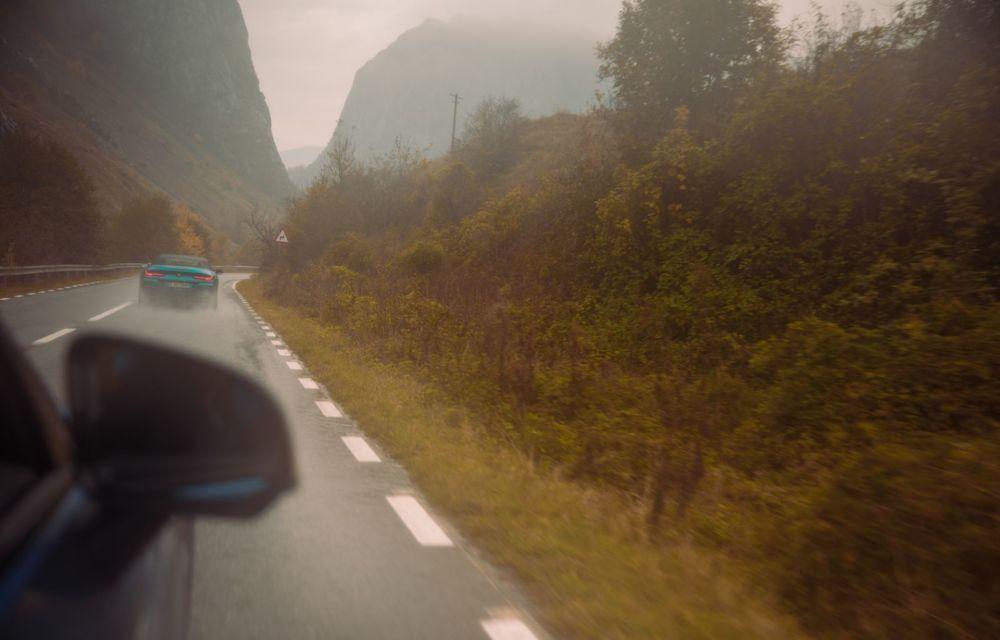 Romanian Roads Luxury Edition, ziua 4: Cea mai deprimantă zi, înseninată de un gulaș și de bucuria că avem autostrăzi - Poza 18