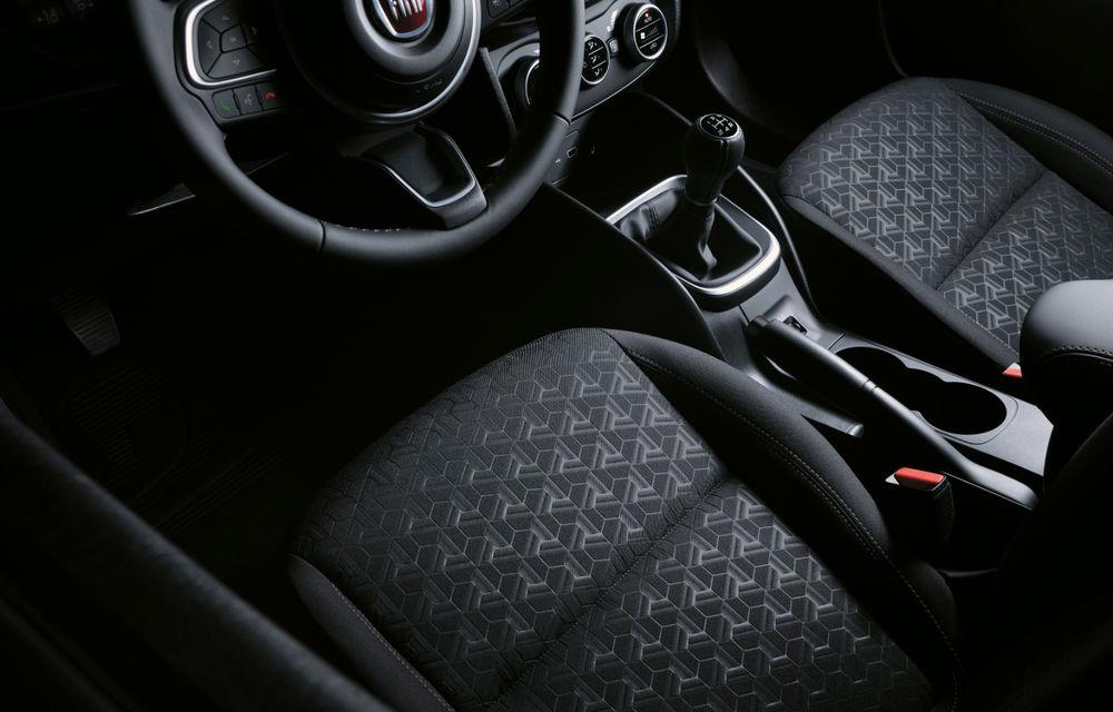 Primele imagini cu Fiat Tipo facelift: compacta primește modificări de design, motoare noi și versiune Cross - Poza 21