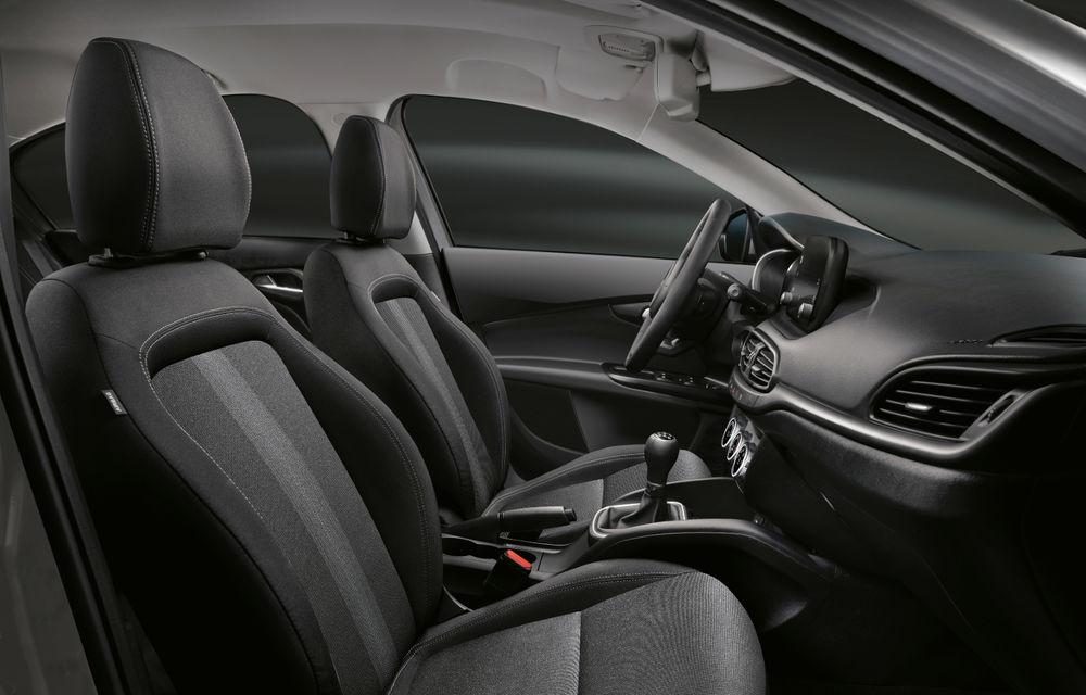 Primele imagini cu Fiat Tipo facelift: compacta primește modificări de design, motoare noi și versiune Cross - Poza 23
