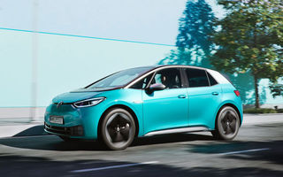 Tesla Model 3, cea mai vândută mașină electrică în Europa în luna septembrie: Volkswagen ID.3 a debutat direct pe locul 3