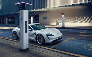 Porsche Taycan s-a vândut în peste 11.000 de unități la nivel global în primele nouă luni ale anului: sportiva electrică, aproape jumătate din vânzările lui 911