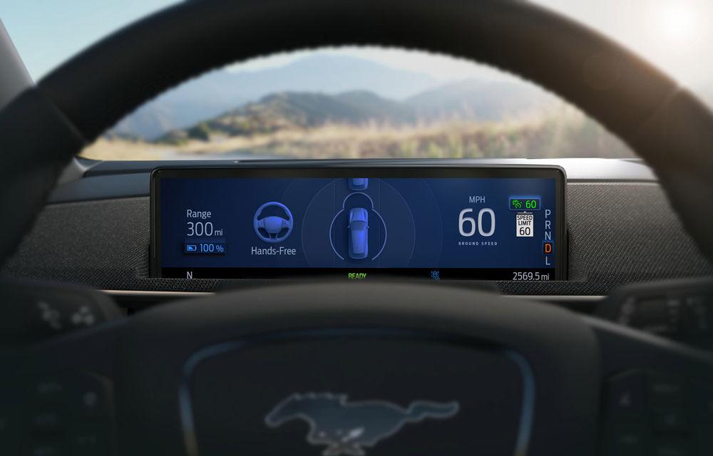 Noi detalii despre sistemul care permite șoferilor Ford să ia mâinile de pe volan în timpul mersului: va fi disponibil în SUA pe Mach-E și F-150 din 2021 - Poza 2