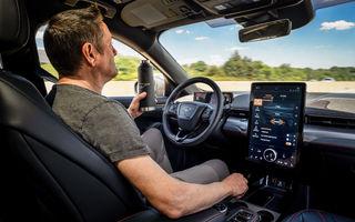Noi detalii despre sistemul care permite șoferilor Ford să ia mâinile de pe volan în timpul mersului: va fi disponibil în SUA pe Mach-E și F-150 din 2021