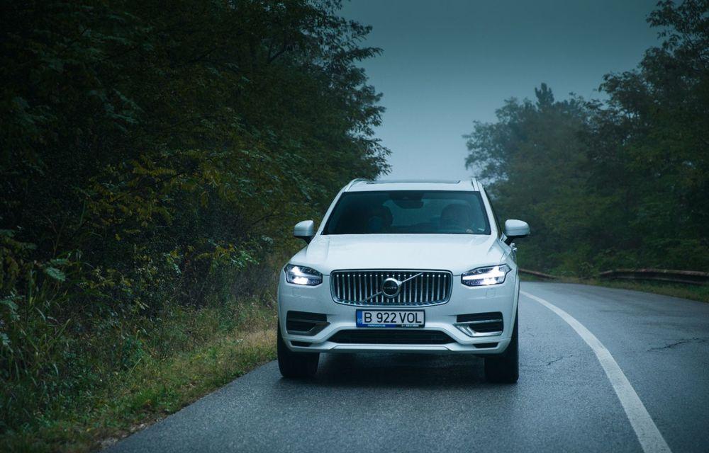 """PORTRET: Volvo XC90 T8 Plug-in hibrid după 2000 de kilometri: """"Luxul suedez este impresionant fără să devină apăsător, fără senzații de exces"""" - Poza 45"""