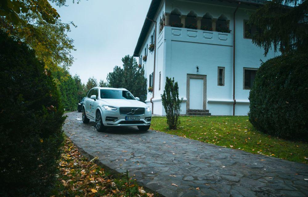 """PORTRET: Volvo XC90 T8 Plug-in hibrid după 2000 de kilometri: """"Luxul suedez este impresionant fără să devină apăsător, fără senzații de exces"""" - Poza 49"""