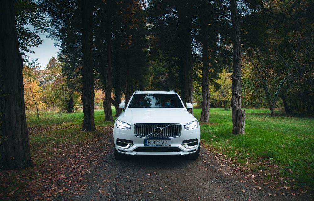"""PORTRET: Volvo XC90 T8 Plug-in hibrid după 2000 de kilometri: """"Luxul suedez este impresionant fără să devină apăsător, fără senzații de exces"""" - Poza 12"""