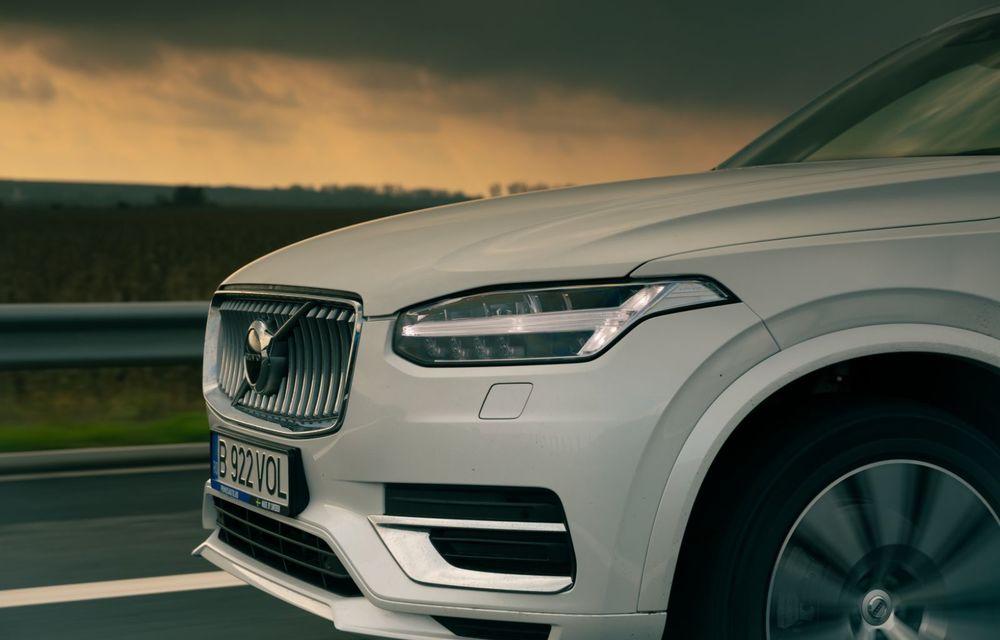 """PORTRET: Volvo XC90 T8 Plug-in hibrid după 2000 de kilometri: """"Luxul suedez este impresionant fără să devină apăsător, fără senzații de exces"""" - Poza 37"""
