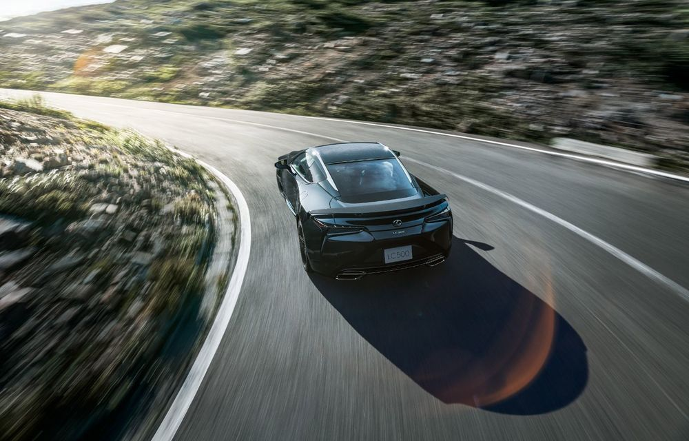 Lexus lansează ediția specială LC Coupe Aviation: 70 de unități disponibile exclusiv pentru piața din Japonia - Poza 2