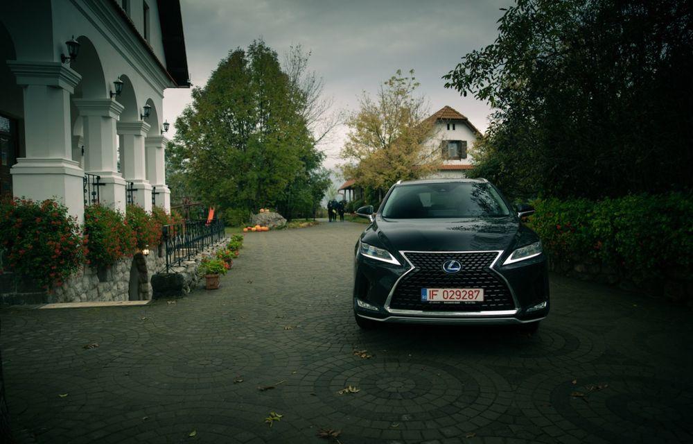 """PORTRET: Lexus RX 450h după 2000 de kilometri: """"RX 450h este despre confort, serenitate și atenție la detalii, nicidecum despre adrenalină și sportivitate"""" - Poza 42"""