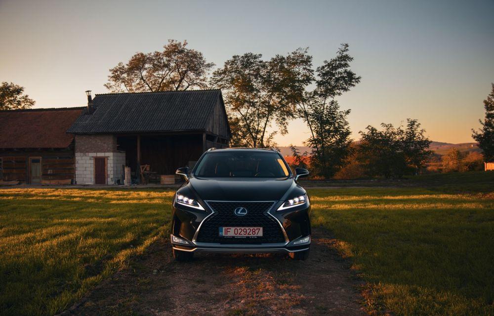 """PORTRET: Lexus RX 450h după 2000 de kilometri: """"RX 450h este despre confort, serenitate și atenție la detalii, nicidecum despre adrenalină și sportivitate"""" - Poza 16"""
