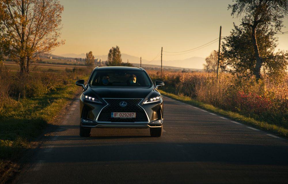 """PORTRET: Lexus RX 450h după 2000 de kilometri: """"RX 450h este despre confort, serenitate și atenție la detalii, nicidecum despre adrenalină și sportivitate"""" - Poza 12"""