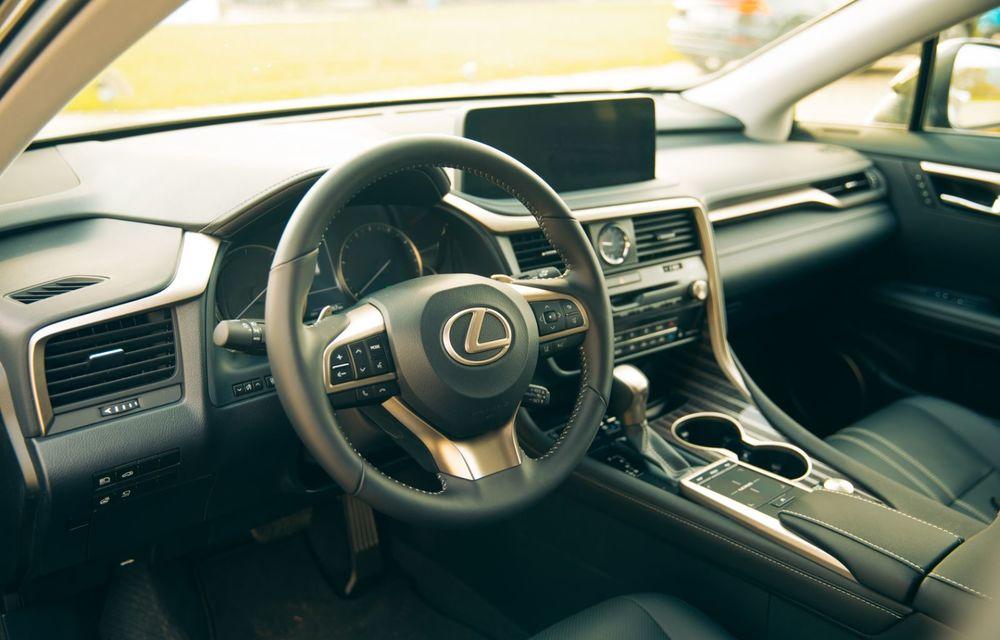 """PORTRET: Lexus RX 450h după 2000 de kilometri: """"RX 450h este despre confort, serenitate și atenție la detalii, nicidecum despre adrenalină și sportivitate"""" - Poza 36"""