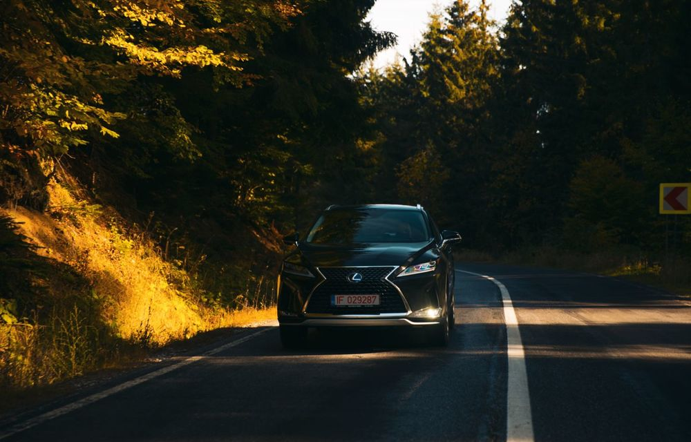 """PORTRET: Lexus RX 450h după 2000 de kilometri: """"RX 450h este despre confort, serenitate și atenție la detalii, nicidecum despre adrenalină și sportivitate"""" - Poza 22"""
