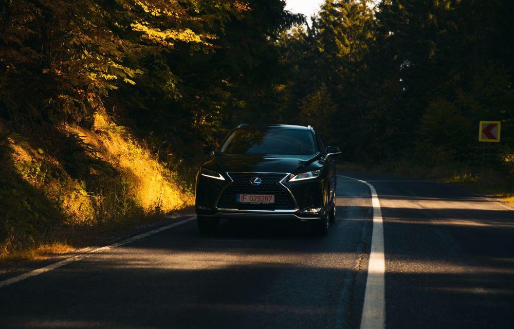 """PORTRET: Lexus RX 450h după 2000 de kilometri: """"RX 450h este despre confort, serenitate și atenție la detalii, nicidecum despre adrenalină și sportivitate"""" - Poza 23"""